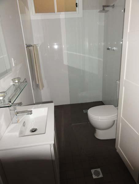 Crescent  Studio bathroom