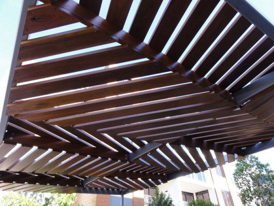 Outdoor-Shade-Structure